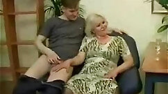 Bubble butt mature mom gets too luscious