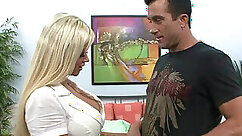 Cock-hungry milf gets fucked from behind