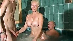 amazing exhibitionist girl with beautiful body