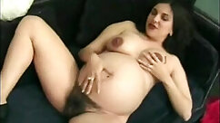 Blonde amateur fingering on cam - Awesome lady please her pregnant cunt