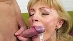 Bootyful cougar enjoys finger fucking her twat